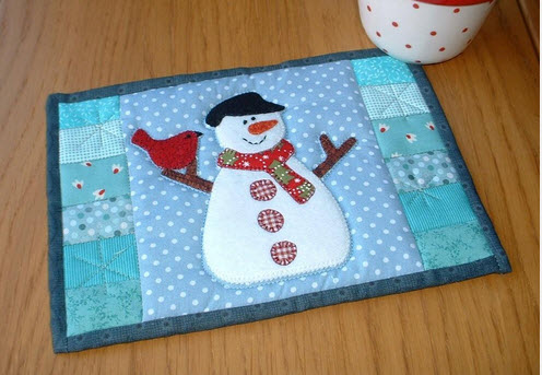 12 Small Quilted Christmas Projects